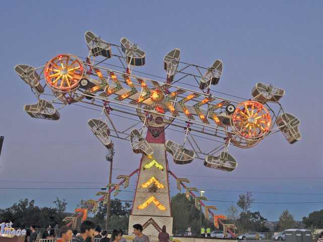 Amusement ride photo - santa clarita local news