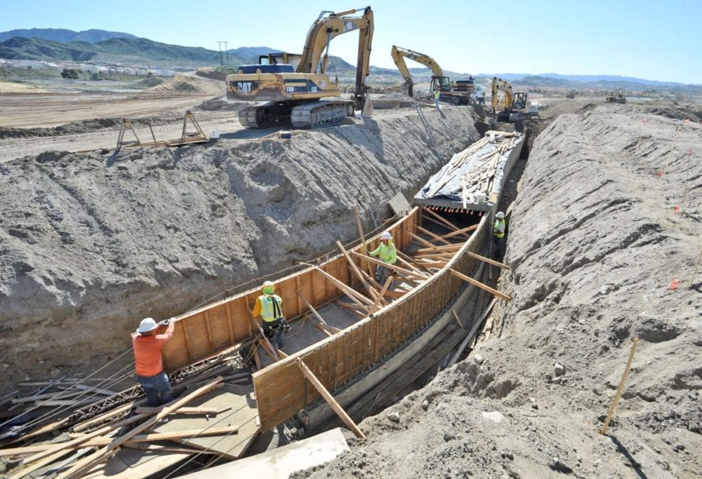 Water pipes keep pace with vigorous SCV home construction