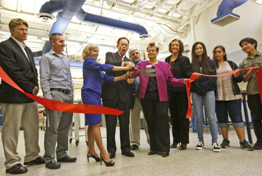 Saugus High School opens Makerspace for Engineering Pathway Program