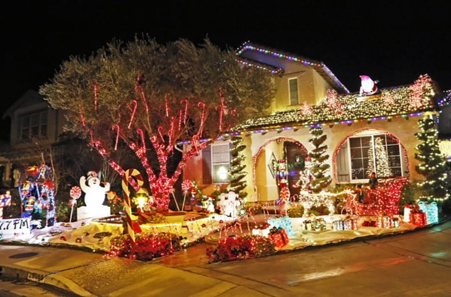 christmas lights cover a house on cotton blossom lane katharine lotzethe signal - Christmas Lights In Santa Clarita