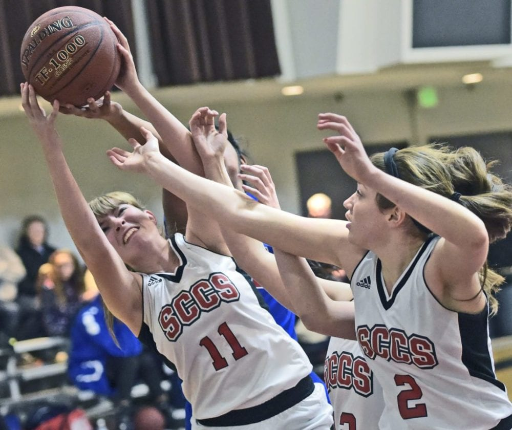 0124_SCCS_G_Hoops_DW_03A