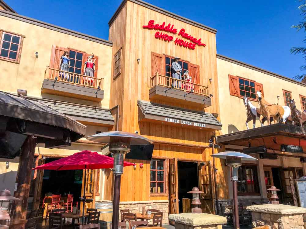 Saddle Ranch Chop House At The Westfield Valencia Town Center
