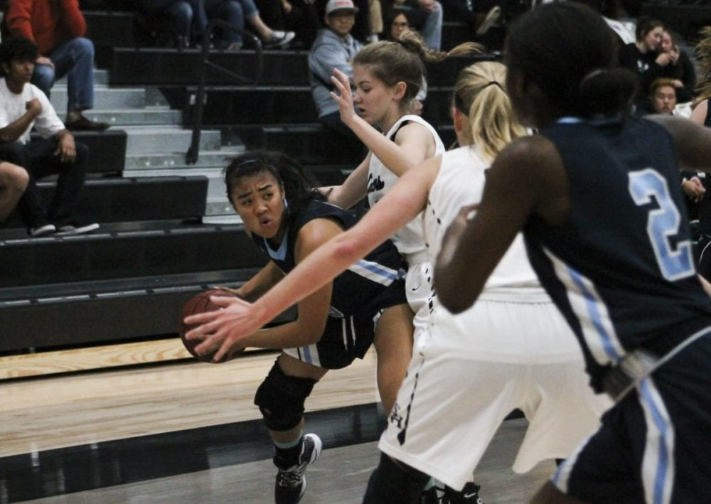 Saugus girls hoops falls short in first round of CIF tournament