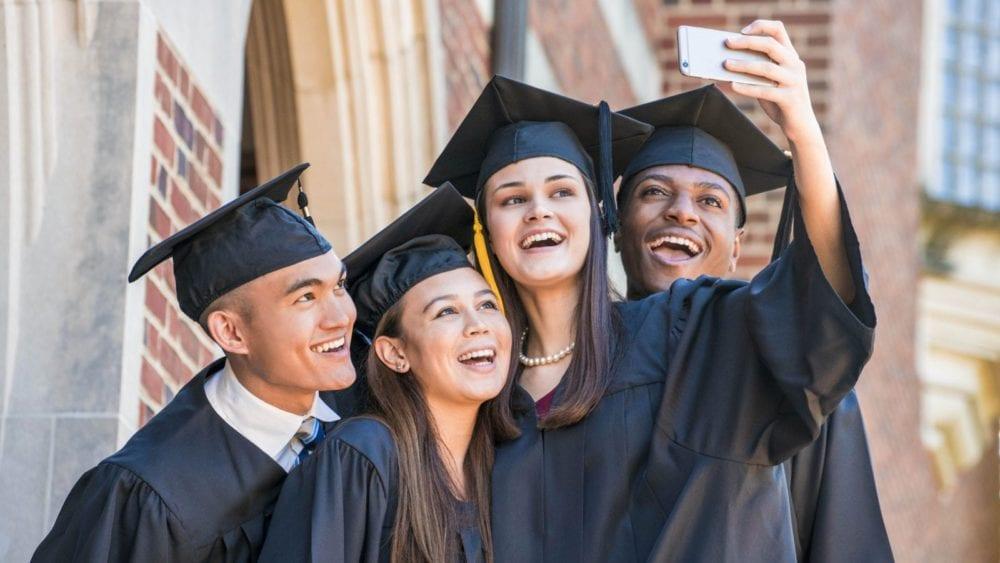 MC_graduates_selfie
