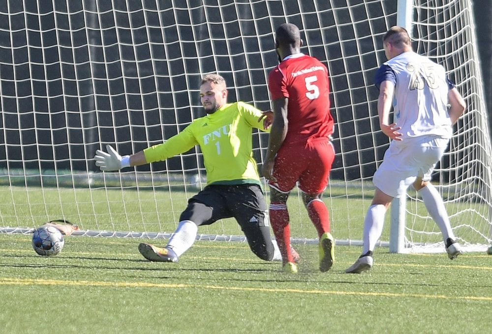 091918_TMU_Soccer_DW_06