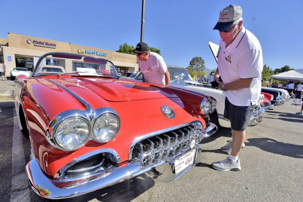 Corvette Show Returns To Route Classic Grill This Year Helping - Route 66 classic car show