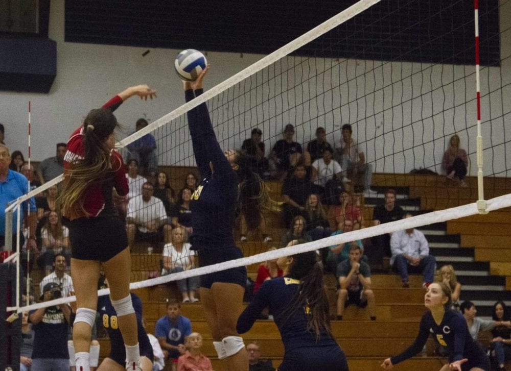 1017_sports_volleyball_coc_bakersfield_HS_01