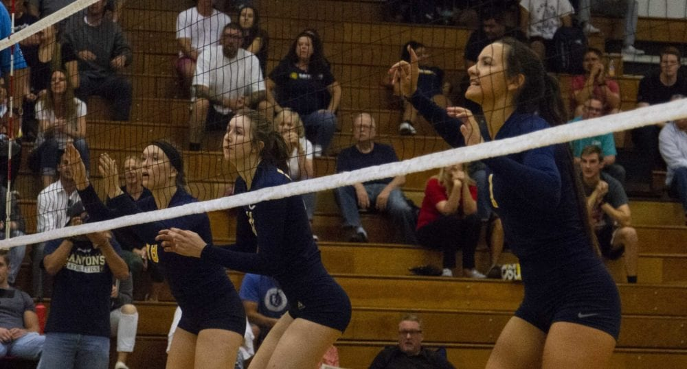 1017_sports_volleyball_coc_bakersfield_HS_02