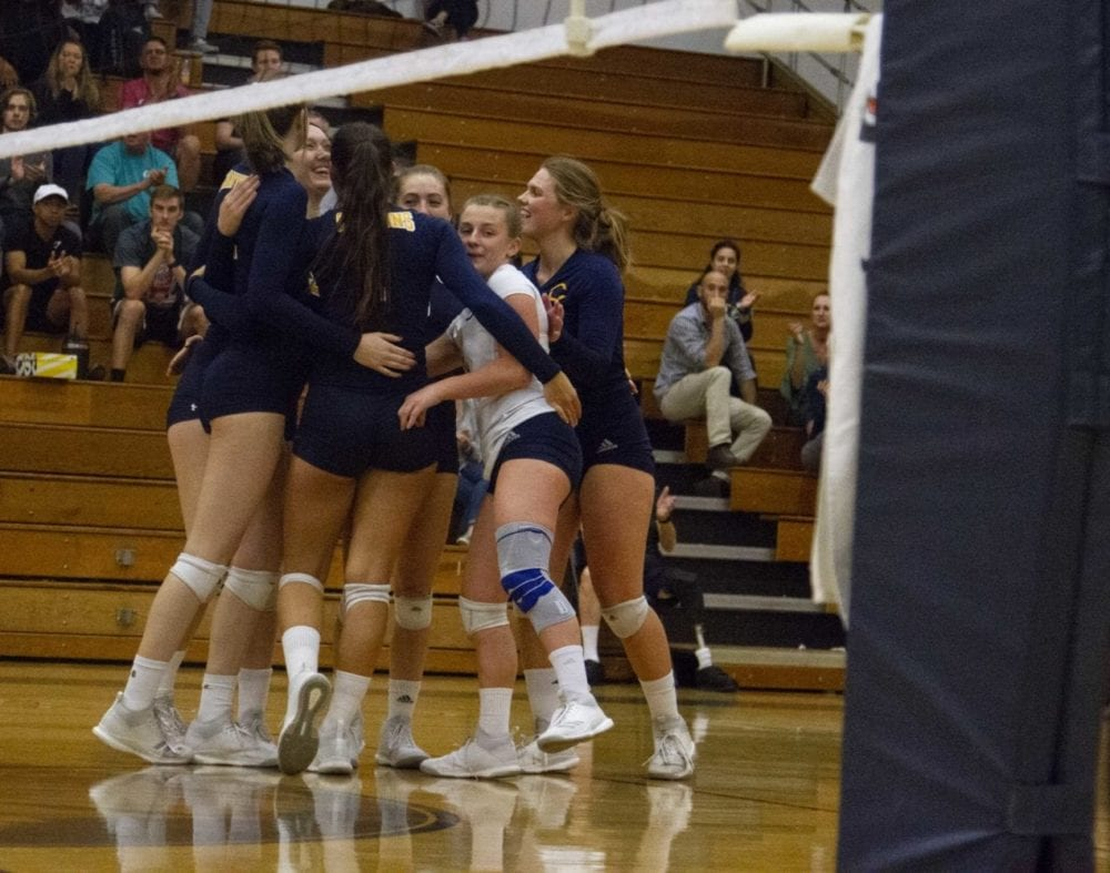 1017_sports_volleyball_coc_bakersfield_HS_03