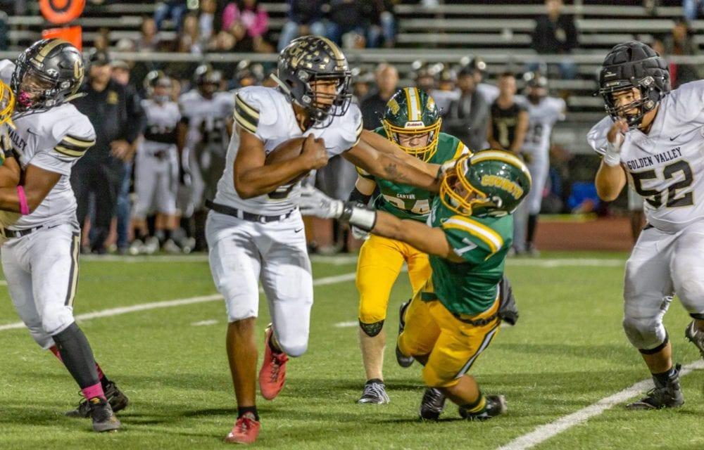 Golden Valley outlasts Canyon to capture first Foothill League win