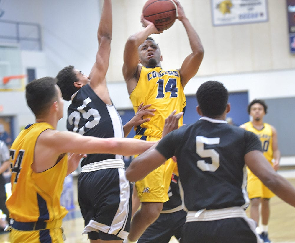 COC men's hoops closes regular season on high note