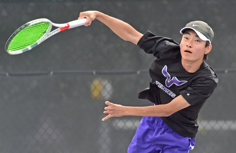 Valencia boys tennis defeat West Ranch to clinch Foothill League title