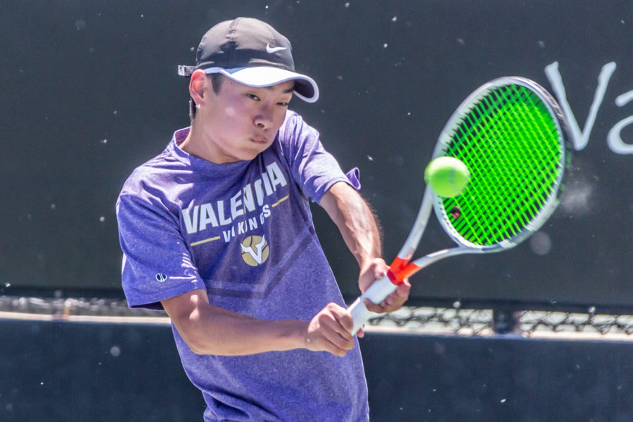 Valencia takes home league titles in singles and doubles competition