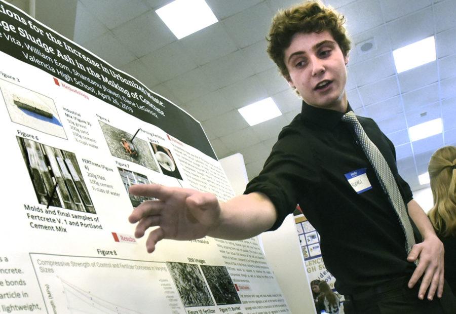 Valencia High holds nanoscience presentations