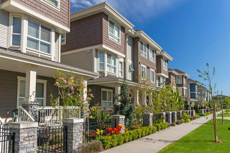 SCV's median price of condos hits new high