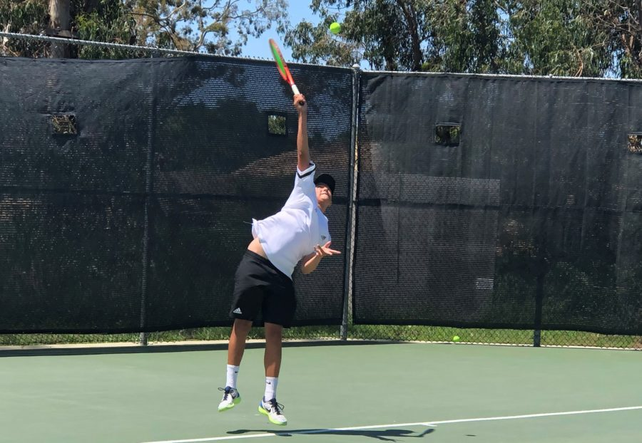 Hart's Luke Papayoanou falls in second round of CIF-SS Boys Tennis Individual Championships