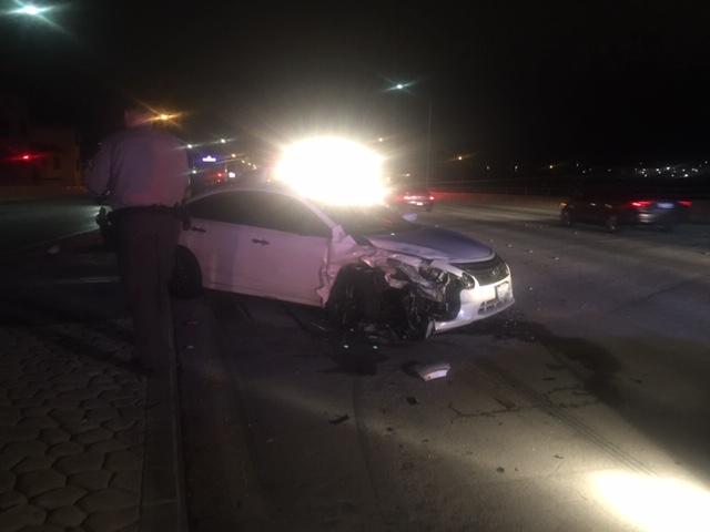 Deputies respond to 3-vehicle crash on Soledad