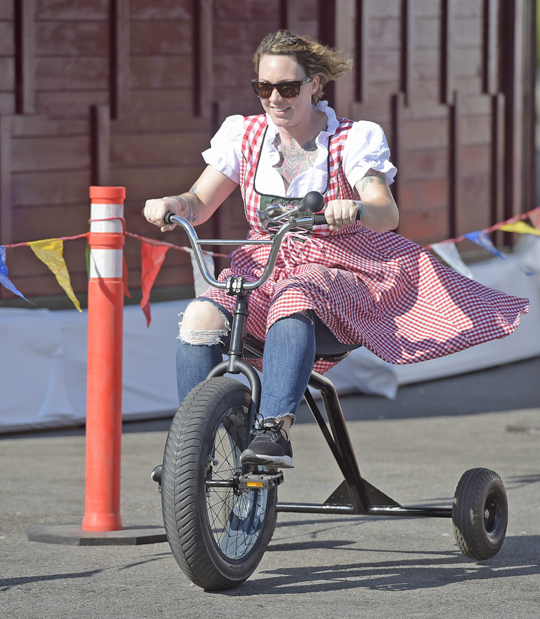 Three-wheeled spectacle for a cause returns