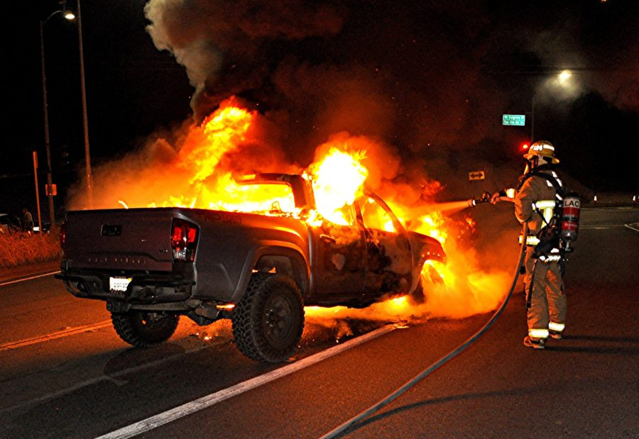 Calgrove car fire prompts quick response