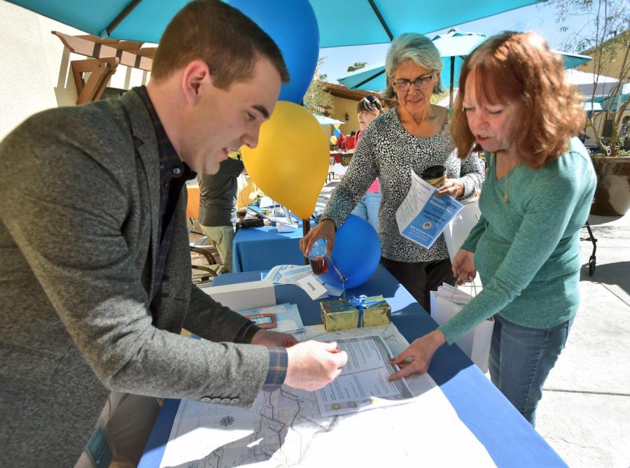 Smith's resource fair welcomes 400 at Bella Vida