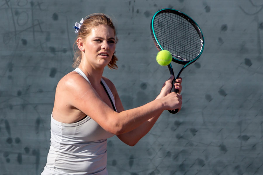 Hot start propels Saugus girls tennis to victory over Canyon