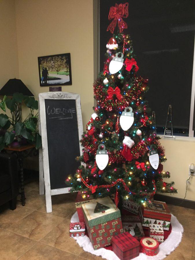 Home Instead organizes secret Santa for seniors