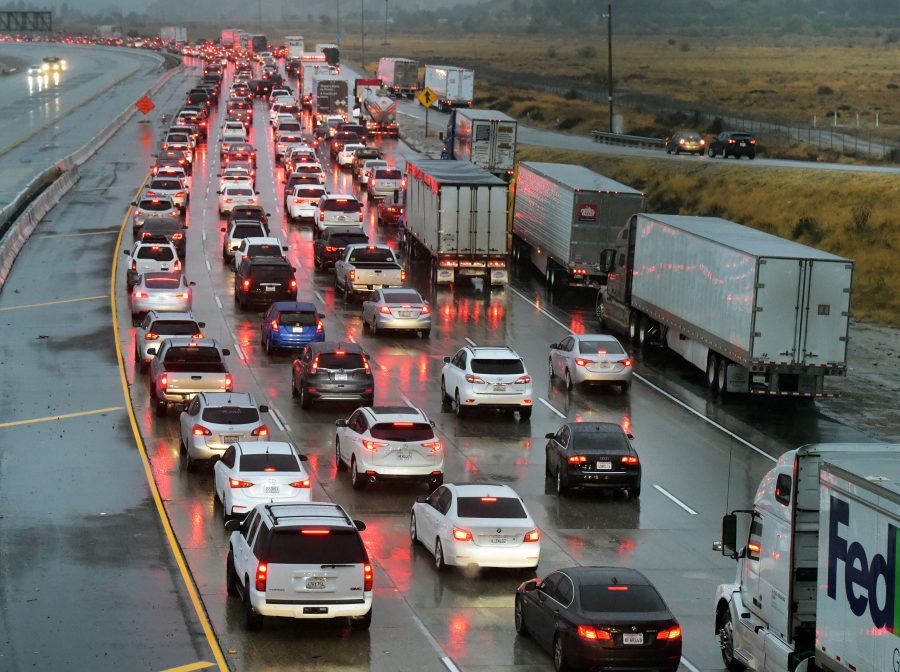 Interstate 5 through Grapevine reopens after hard closure