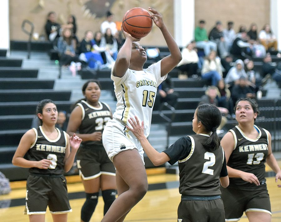 Golden Valley girls hoops slides past Kennedy