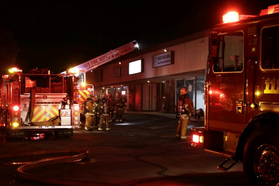 Firefighters respond to commercial business fire