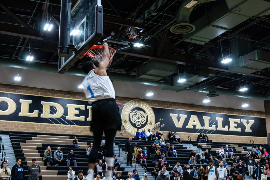 Pro basketball players compete in all-star game to benefit Saugus