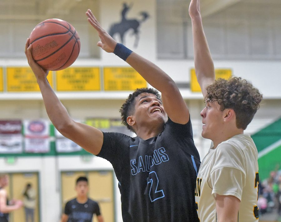 Saugus boys hoops continues to right the ship with win over Canyon