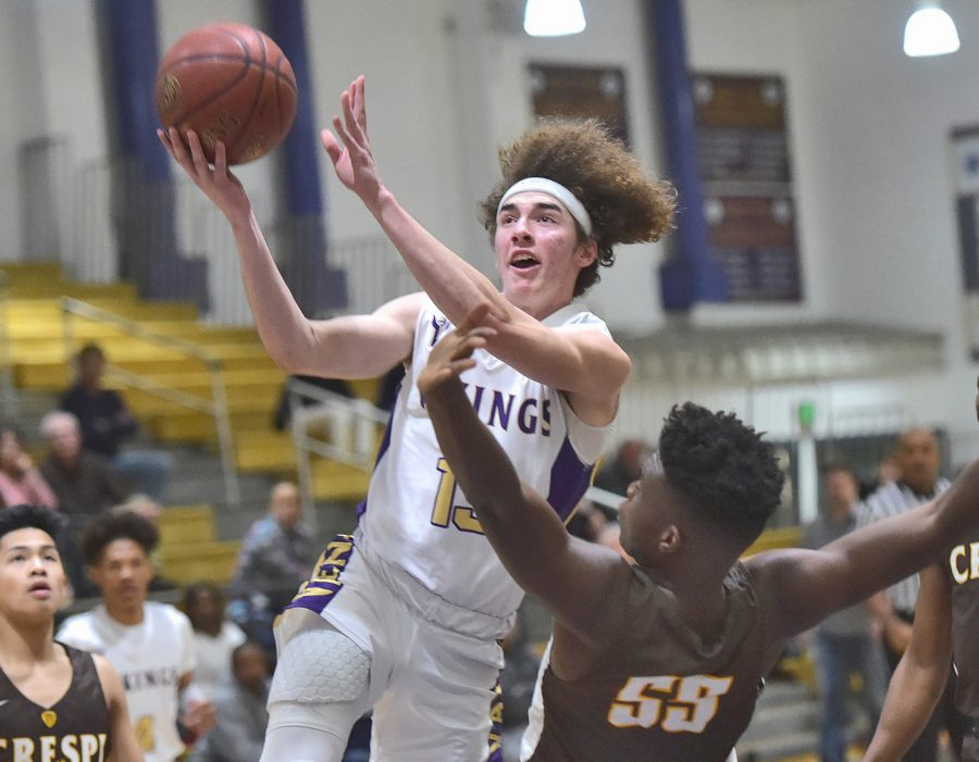 Valencia boys hoops subdues Crespi