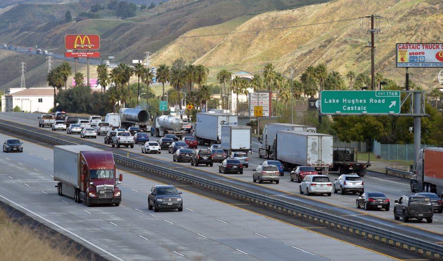 Multi-truck collision shuts down Interstate 5
