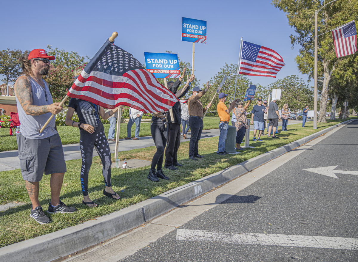 Law enforcement supporters rally in Valencia