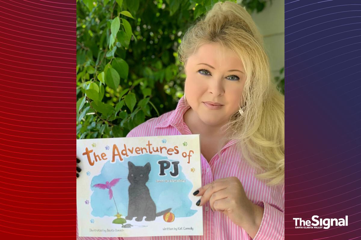 SCV author receives children's book award