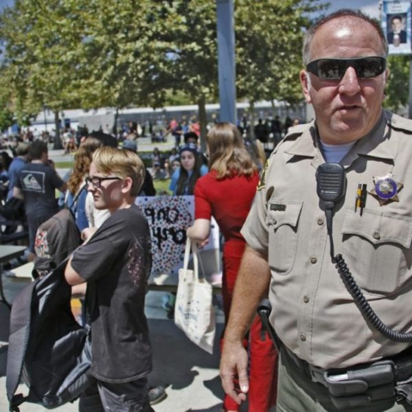 SIGNAL FILE PHOTO: School resource officer Tom Drake supervises as Saugus High School students break for lunch on Friday, August 25, 2017. Katharine Lotze/The Signal